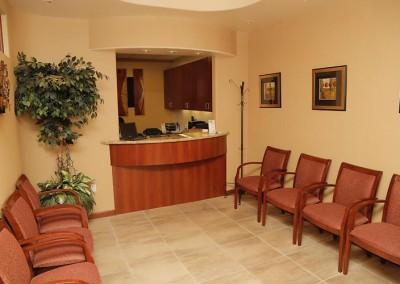 practice_22798_jamesvartanindds_waitingroom_IVko